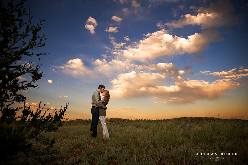 denver colorado engagement session sunset red rocks
