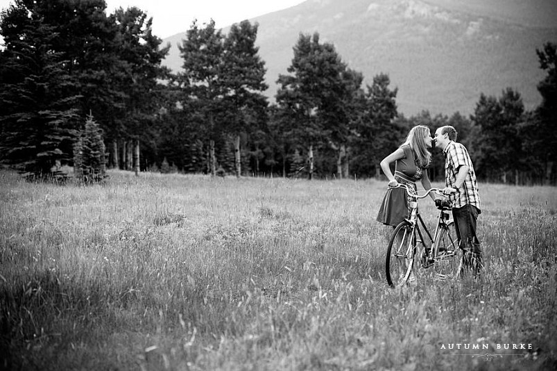 colorado mountain engagement session with bikes
